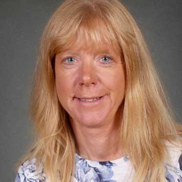 Mrs Janine Batten
